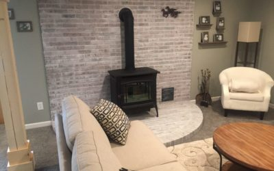Easy and Cheap Fireplace Makeover: Whitewashing Brick